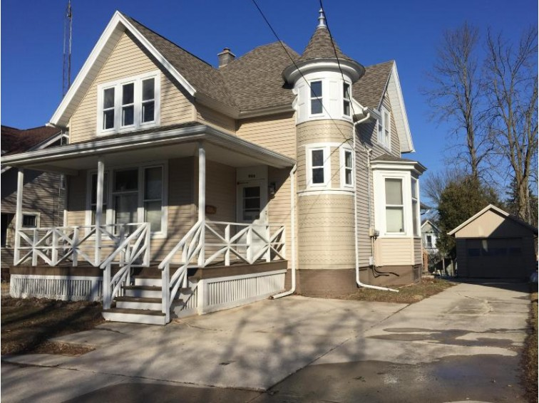 925 S 20th St, Manitowoc, WI by Re/Max Port Cities Realtors $88,900