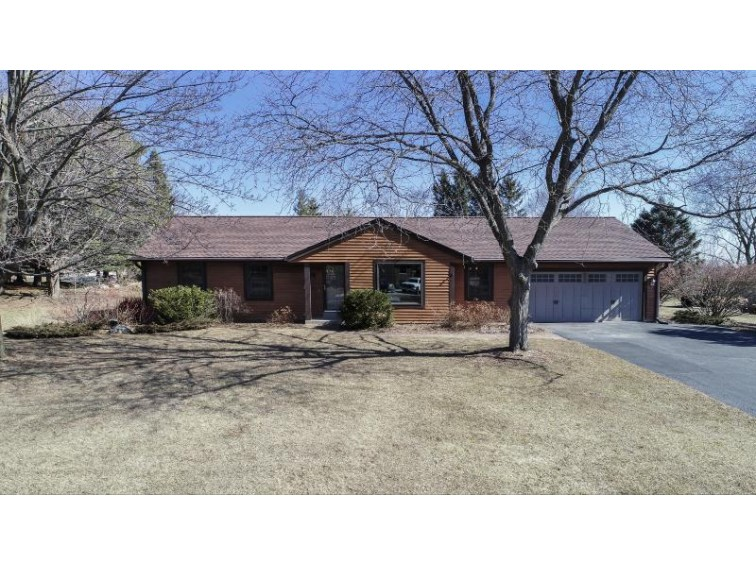 W255N5724 Wrendale Dr, Lisbon, WI by Realty Executives - Integrity $319,500