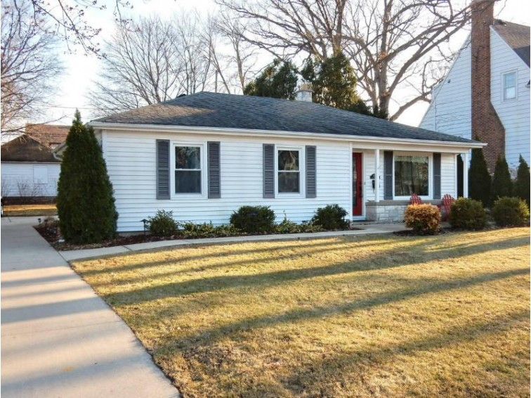 10833 Denis Ave, Hales Corners, WI by Homeowners Concept Save More R $189,900