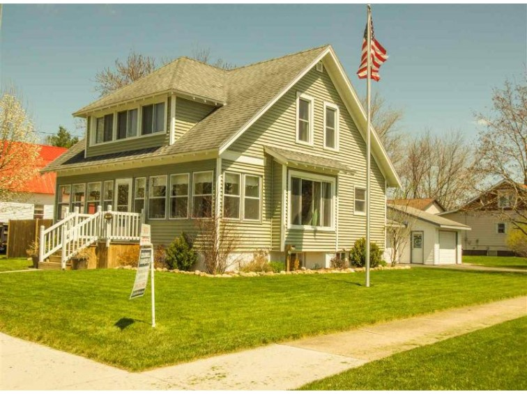303 N Oxford Street Wautoma, WI 54982-9670 by Coldwell Banker Real Estate Group $123,000