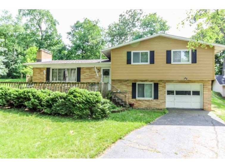 W8981 Ripley Rd Cambridge, WI 53523 by First Weber Real Estate $225,000