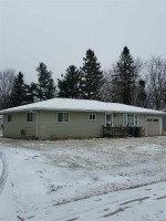 1307 E 8th St, Marshfield, WI by Pavelec Realty $122,900