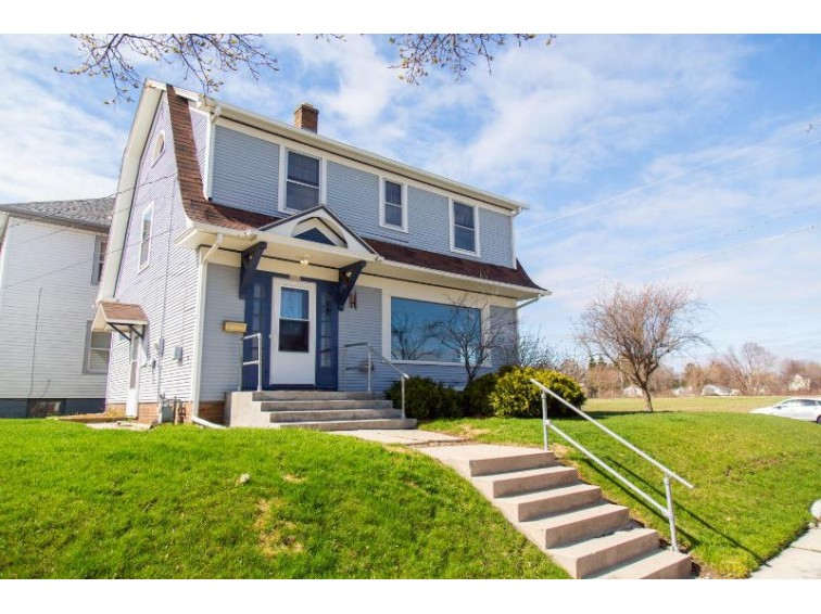 1633 Heller Ave, Sheboygan, WI by Pleasant View Realty, Llc $112,900