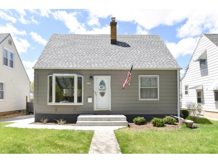 3335 N 88th St, Milwaukee, WI by Shorewest Realtors, Inc. $139,900