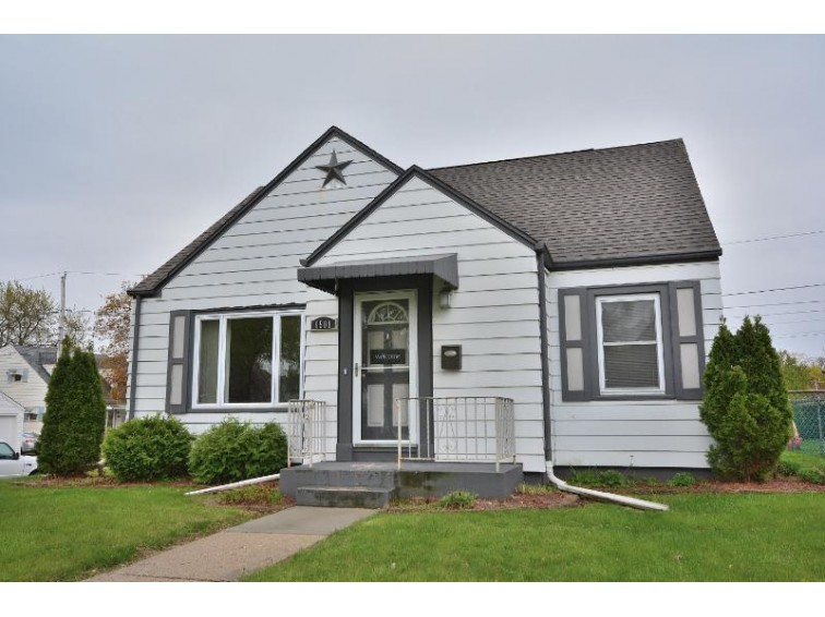 6501 W Arthur Ave, West Allis, WI by First Weber Real Estate $155,000