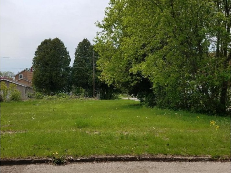 1033 5th St, , MI by Jd 1st Real Estate, Inc. $5,500