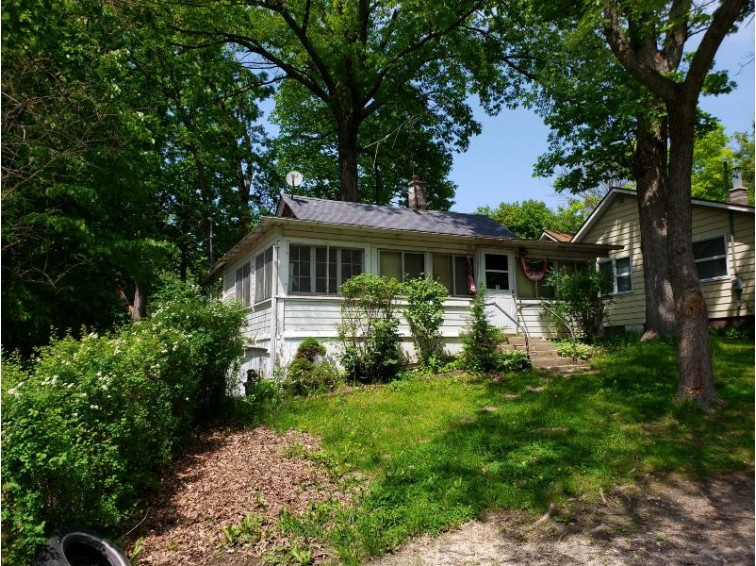 800 Lake St, Twin Lakes, WI by New Era Realty, Inc. $69,900
