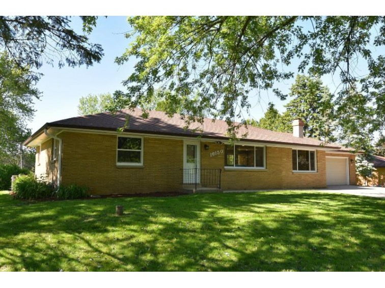 16150 W Vogel Dr, New Berlin, WI by Keller Williams Realty-Milwaukee North Shore $274,900
