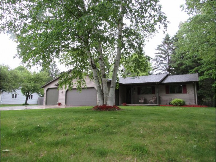 4171 S 15th St, Sheboygan, WI by Century 21 Moves $249,900