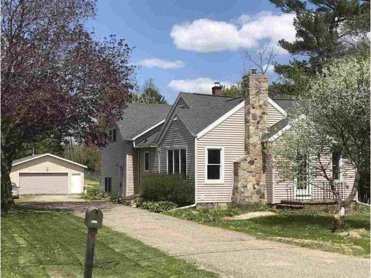 E11198A Carpenter St, Baraboo, WI by Weichert, Realtors - Great Day Group $199,900