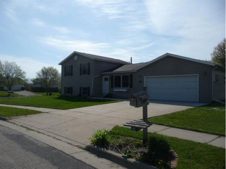 1309 Garden Ave, Stoughton, WI by Jad Realty $264,900
