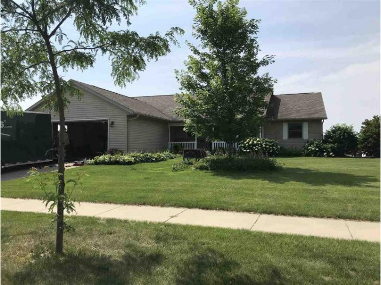 1410 20th St Baraboo, WI 53913 by Bunbury & Assoc, Realtors $289,000