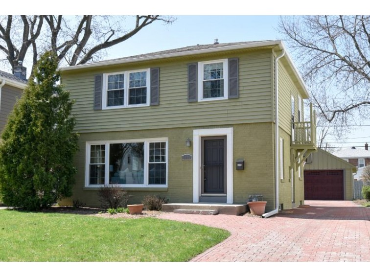 5055 N Kent Ave Whitefish Bay, WI 53217-5521 by Shorewest Realtors, Inc. $327,500