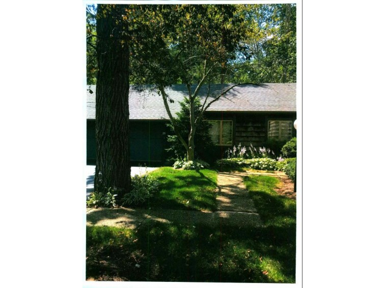 31 Stonewood Ct, Wind Point, WI by John & Jean Schoenwaelder Real Estate, Ltd $165,000