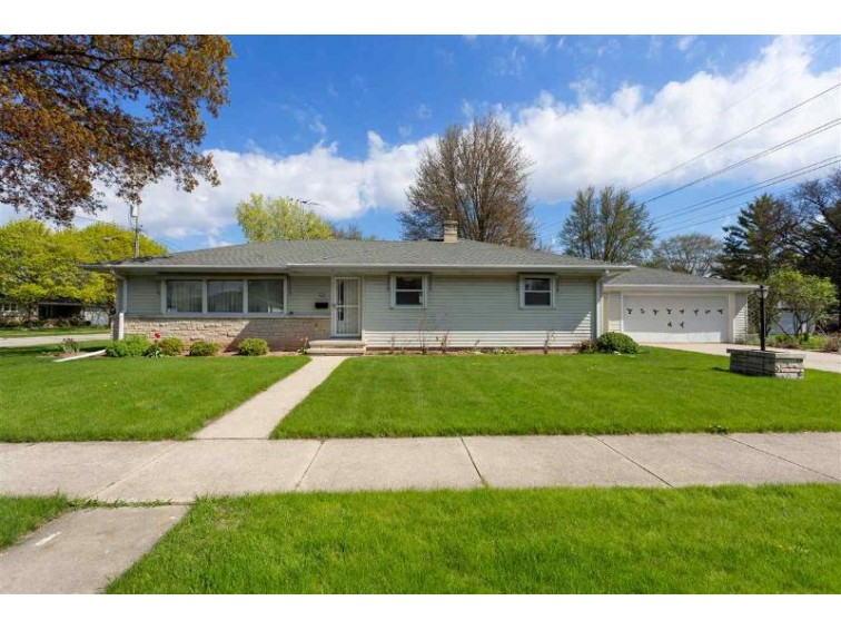 30 Foster Court, Appleton, WI by Expert Real Estate Partners, LLC $155,000