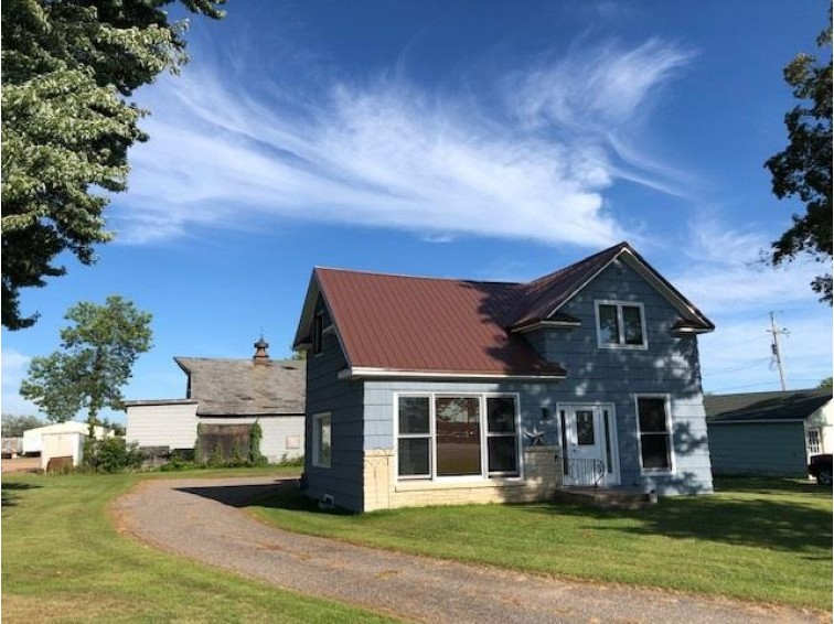 1015 S Superior Street, Antigo, WI by Re/Max Excel $94,900