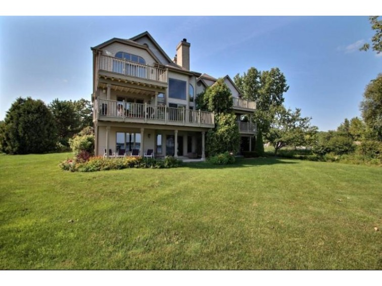 N24W30380 Crystal Springs Dr, Pewaukee, WI by The Real Estate Company Lake & Country $699,000