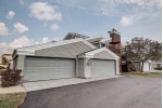 N16W26589 Bluegrass Ln H Pewaukee, WI 53072-6642 by First Weber Real Estate $235,000