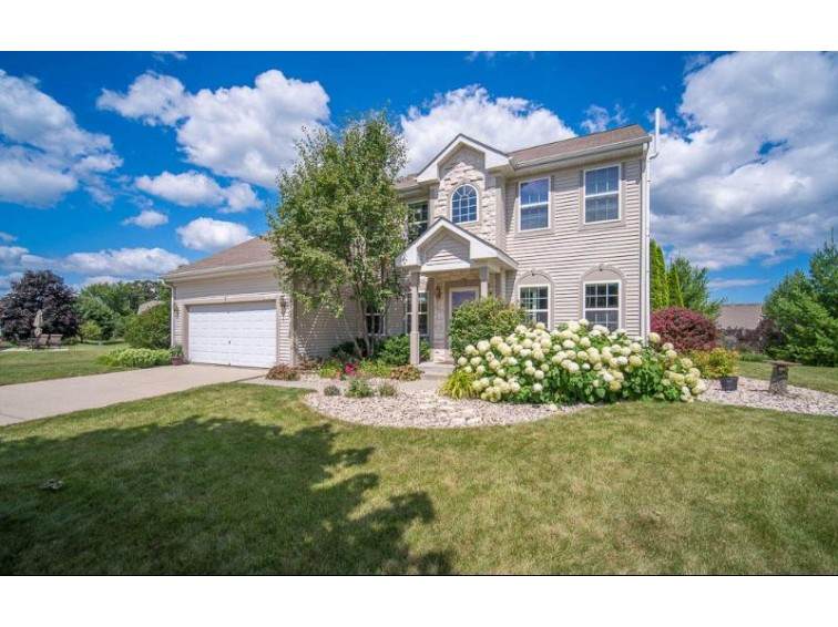 W233N7654 Berrywood Ct Sussex, WI 53089 by Century 21 Affiliated-Wauwatosa $450,000