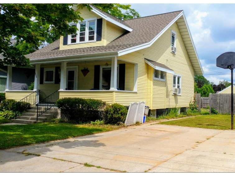 1806 29th St, Two Rivers, WI by Century 21 Aspire Group $84,900