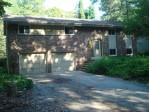 5418 Bauers Dr West Bend, WI 53095-8702 by First Weber Real Estate $200,000