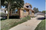 641 S 3rd Ave, West Bend, WI by First Weber Real Estate $214,900