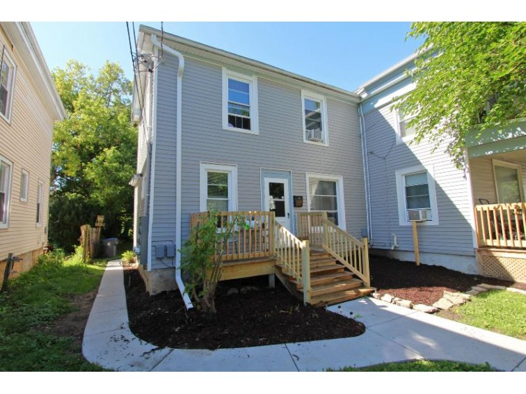 121 Carroll St 123 Waukesha, WI 53186-4907 by Homewire Realty $309,900