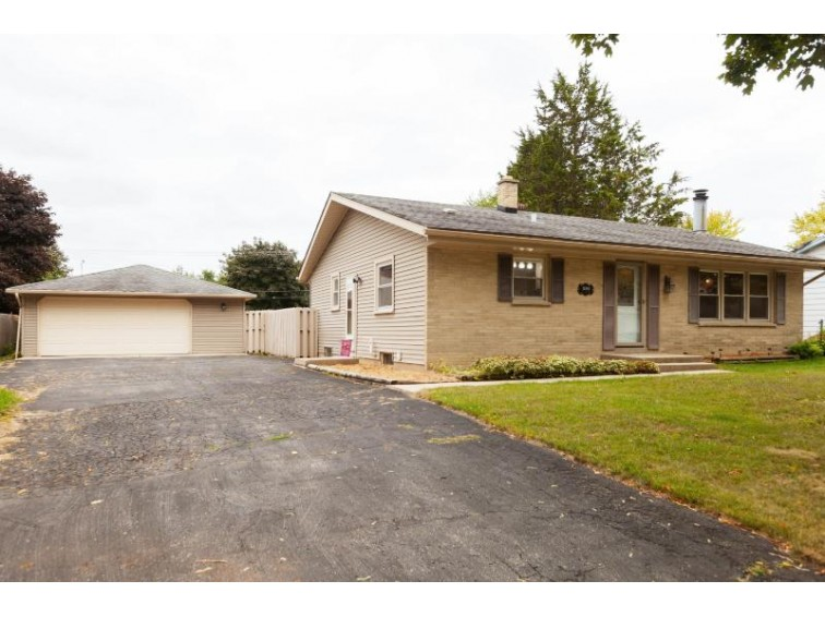 10345 W Terra Ave Milwaukee, WI 53224 by Coldwell Banker Realty $164,900