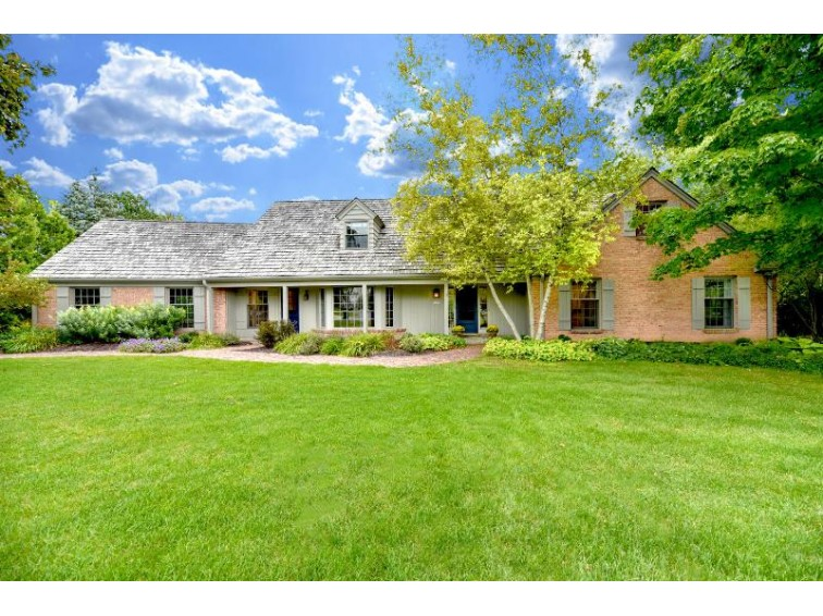 10260 N Range Line Ct Mequon, WI 53092-5346 by First Weber Real Estate $799,999