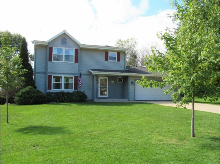 W182S7791 Ann Dr, Muskego, WI by Realty Executives - Elite $334,900