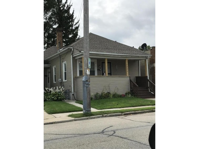 1505 56th St, Kenosha, WI by The Real Estate Elite $89,900