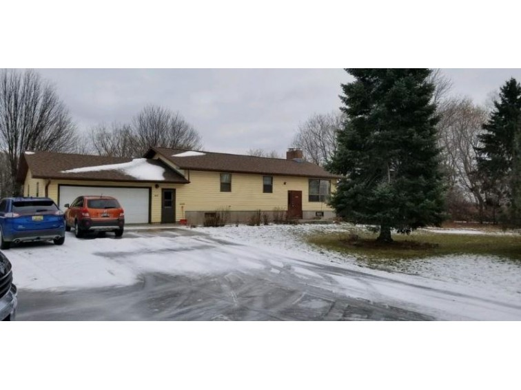 617 Alimeda Street, Marinette, WI by Place Perfect Realty $129,900