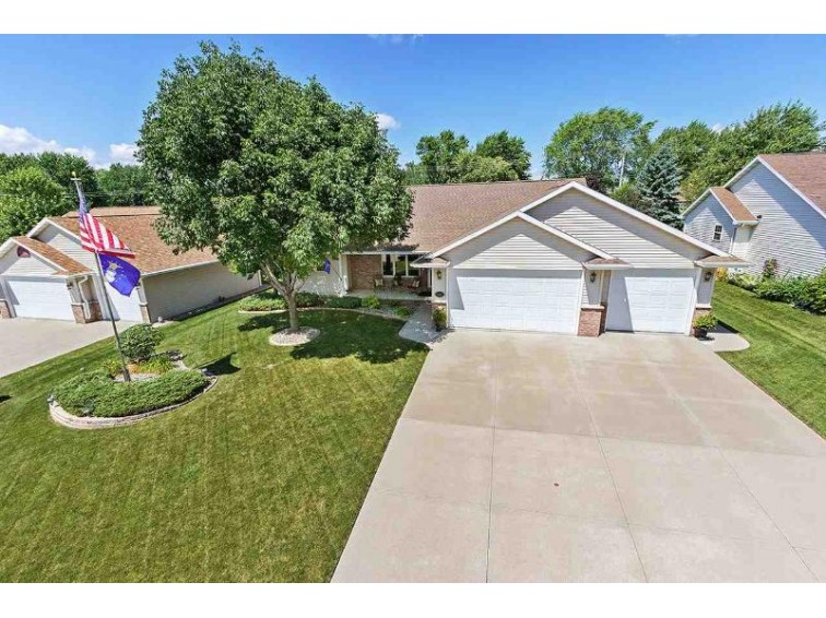1400 W Brickstone Court Appleton, WI 54914 by Landro Fox Cities Realty LLC $275,000