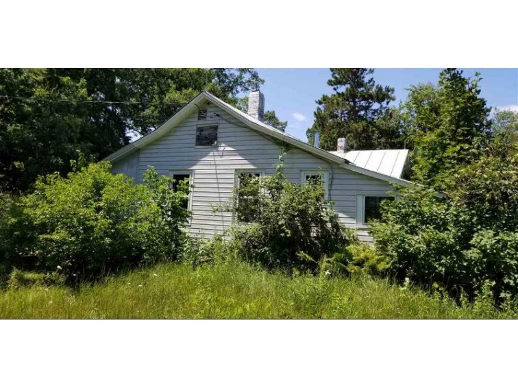 8620 4th Avenue Almond, WI 54909 by United Country-Udoni & Salan Realty $179,500