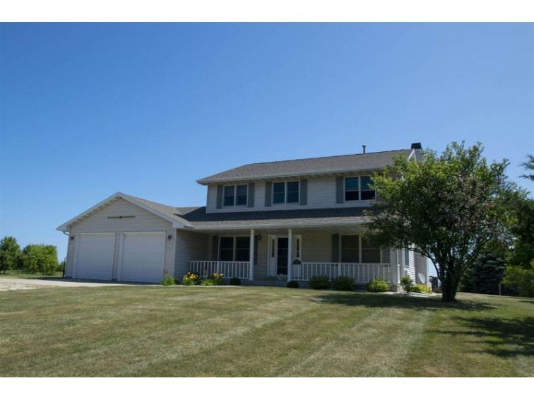 704 Lakeshore Drive, Kewaunee, WI by ERA Starr Realty $345,000