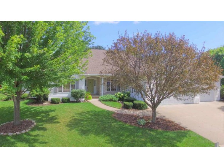 1424 Mansur Drive Neenah, WI 54956-6600 by First Weber Real Estate $355,000