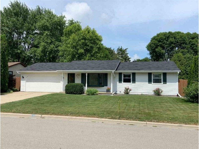 2556 Lance Street, Green Bay, WI by Realty World Greater Green Bay, Ltd $184,900