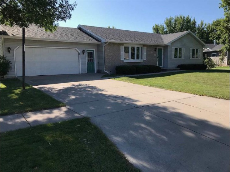 3 Reef Court Appleton, WI 54915 by First Weber Real Estate $189,900