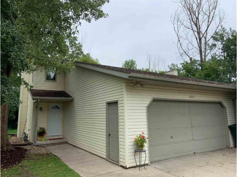 2033 Hilltop Drive, Green Bay, WI by Realty World Greater Green Bay, Ltd $129,900