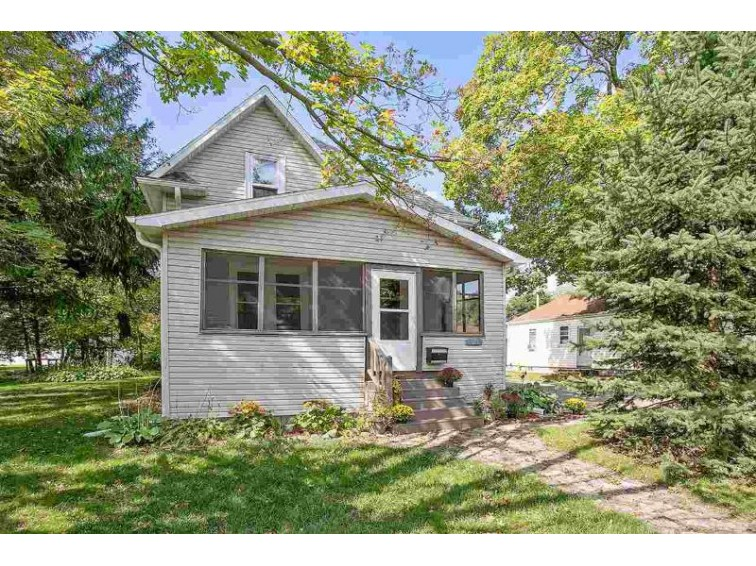 1615 N Meade Street, Appleton, WI by Landro Fox Cities Realty LLC $127,000