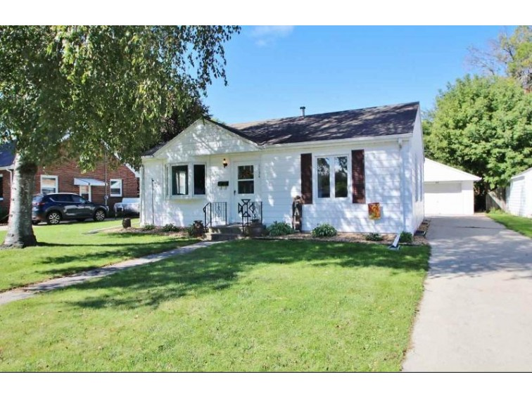 1134 Meacham Street, Green Bay, WI by Haen Realty $124,900