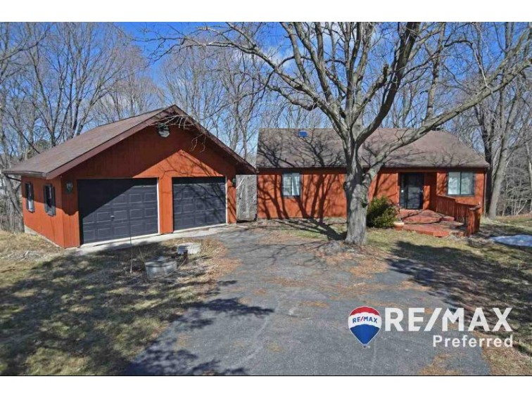 S1398 W Redstone Dr, La Valle, WI by Re/Max Preferred $199,900