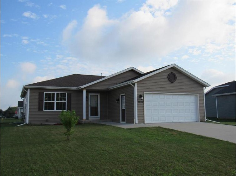 1626 Prairie Knoll Dr, Janesville, WI by Century 21 Affiliated $194,000