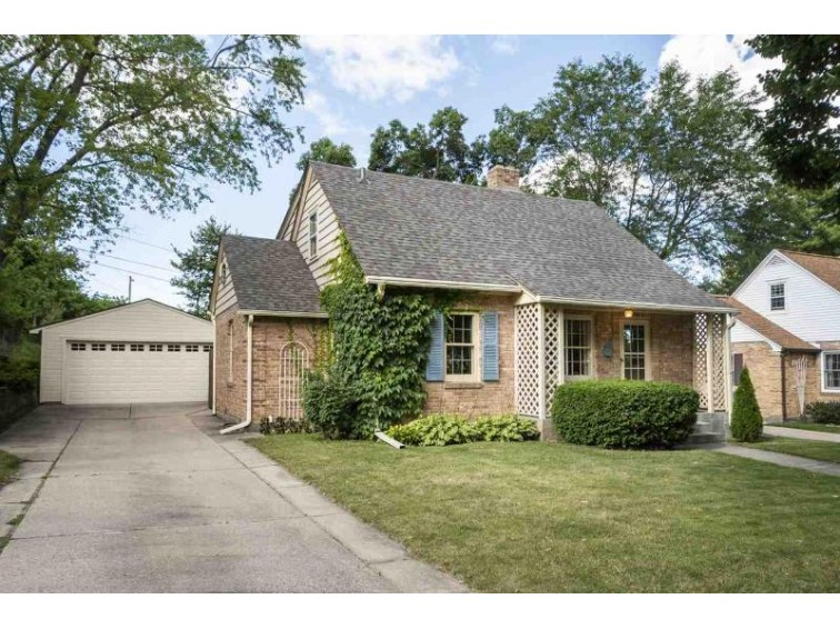 3522 Lucia Crest, Madison, WI by Re/Max Preferred $399,900
