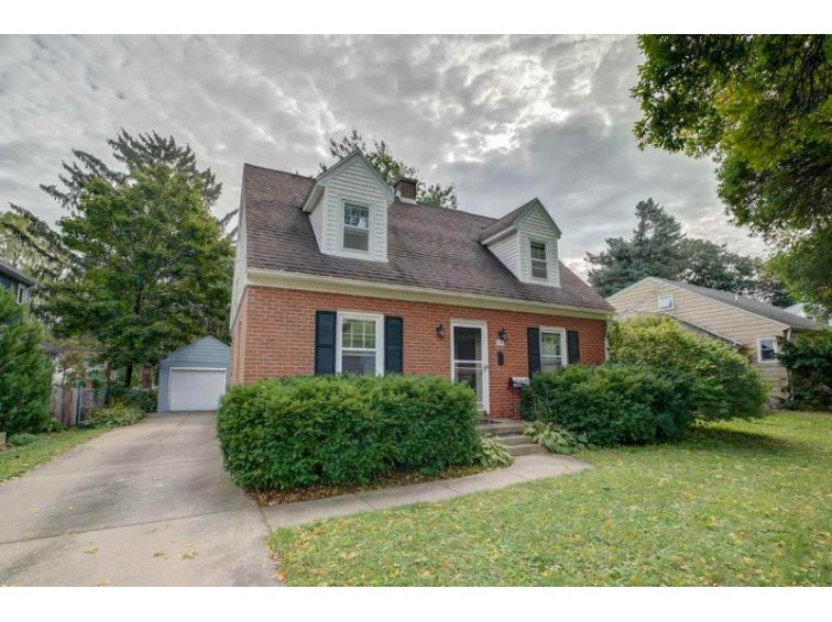 321 S Owen Dr Madison, WI 53705 by Inventure Realty Group, Inc $329,000