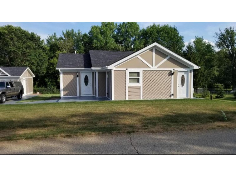 9945 270th Ct, Trevor, WI by Homestead Realty, Inc~milw $209,000