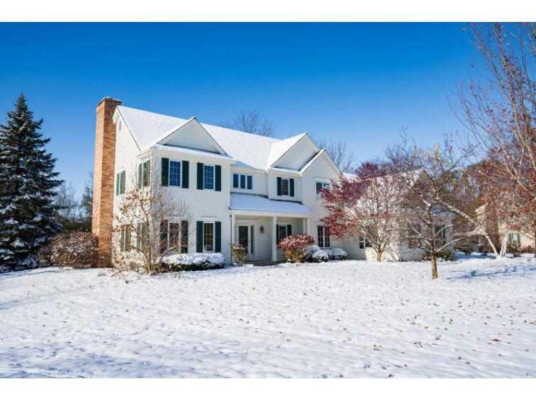4423 W Squire Rd, Mequon, WI by Keller Williams Realty-Milwaukee North Shore $539,900