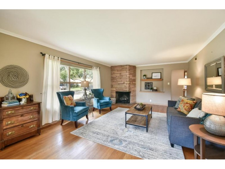 2065 Sunset Ct, Wauwatosa, WI by Firefly Real Estate, Llc $267,500