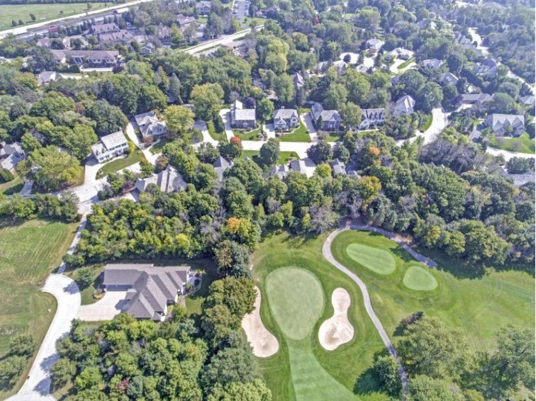 W131N7991 Country Club Dr, Menomonee Falls, WI by Re/Max Realty 100 $625,000