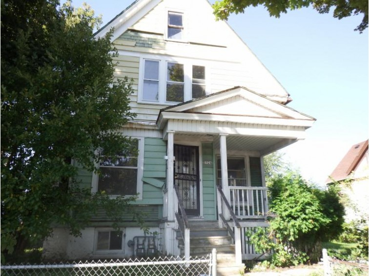 1924 W Wright St, Milwaukee, WI by Whitten Realty $10,000